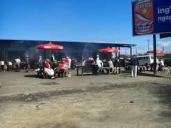 Typischer Markt bzw. Grill in den Townships. Foto: Christian Knuth