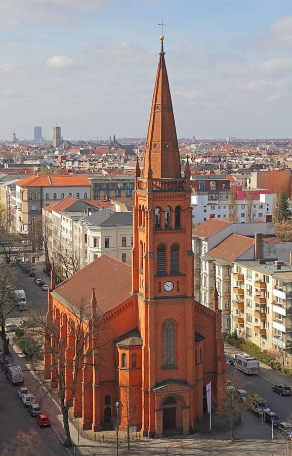577px-12Apostles_Church_B-Schoeneberg_01.jpg