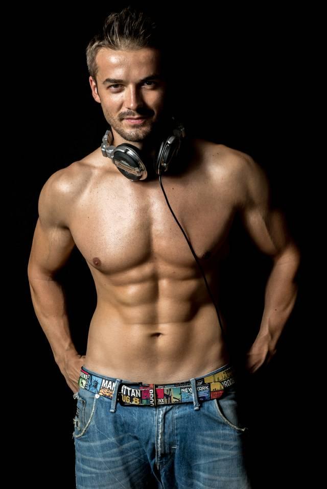 DJ Olivian