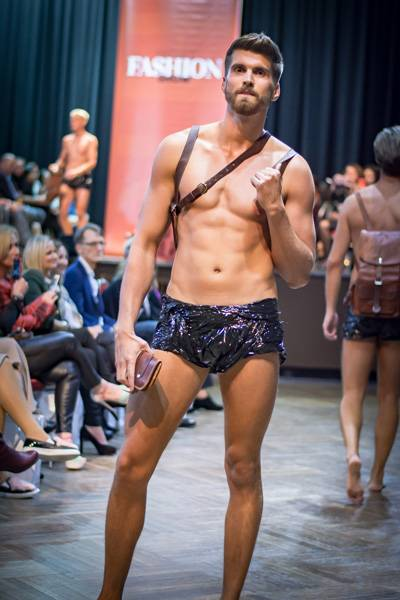 Fashion Show Gusti Leder