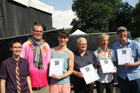 Foto: Auf dem CSD Hannover wurden Dietmar, Hardy, Lars und Rainer ausgezeichnet.
