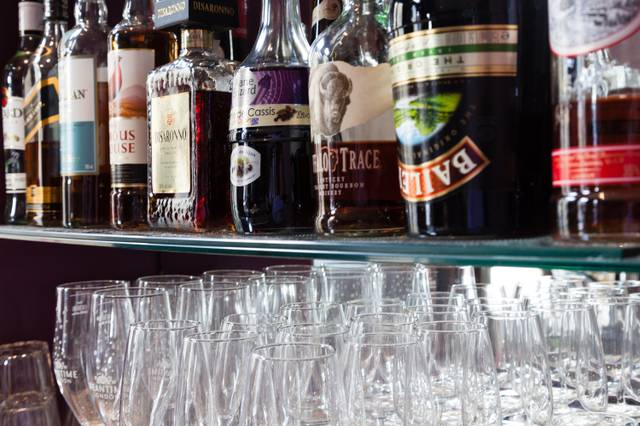 Schnaps Bar