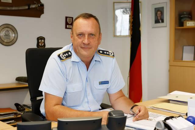 Oberst Neißendorf