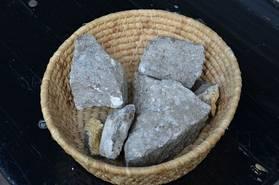 Foto: mhc / diese Steine wurden am Tatort gefunden und von den Tätern offenbar mitgebracht
