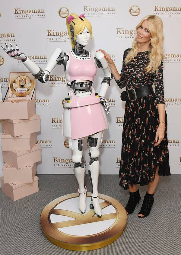 Claudia Schiffer Beauty Bot
