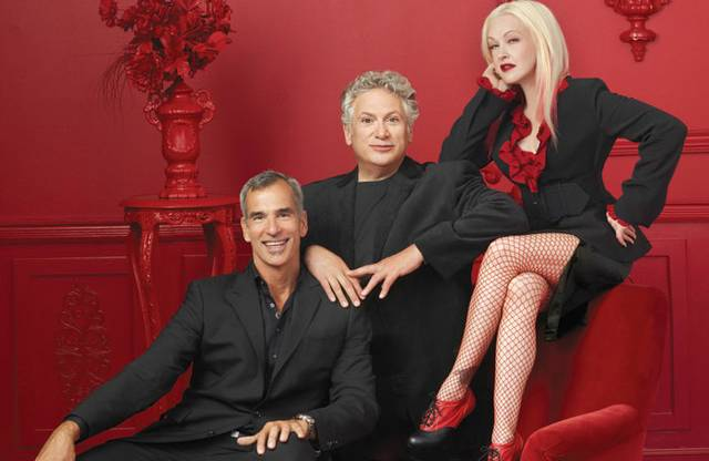 Kinky_Boots_-_Jerry_Harvey_Cyndi_PHOTO_CREDIT_GAVIN_BOND_1.jpg