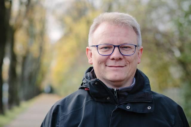 Dr. Michael Brinkschröder