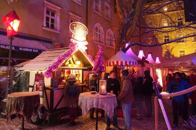 Pink Christmas München