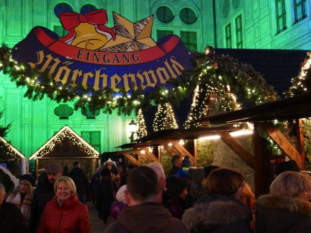 Weihnachtsdorf_2.jpg