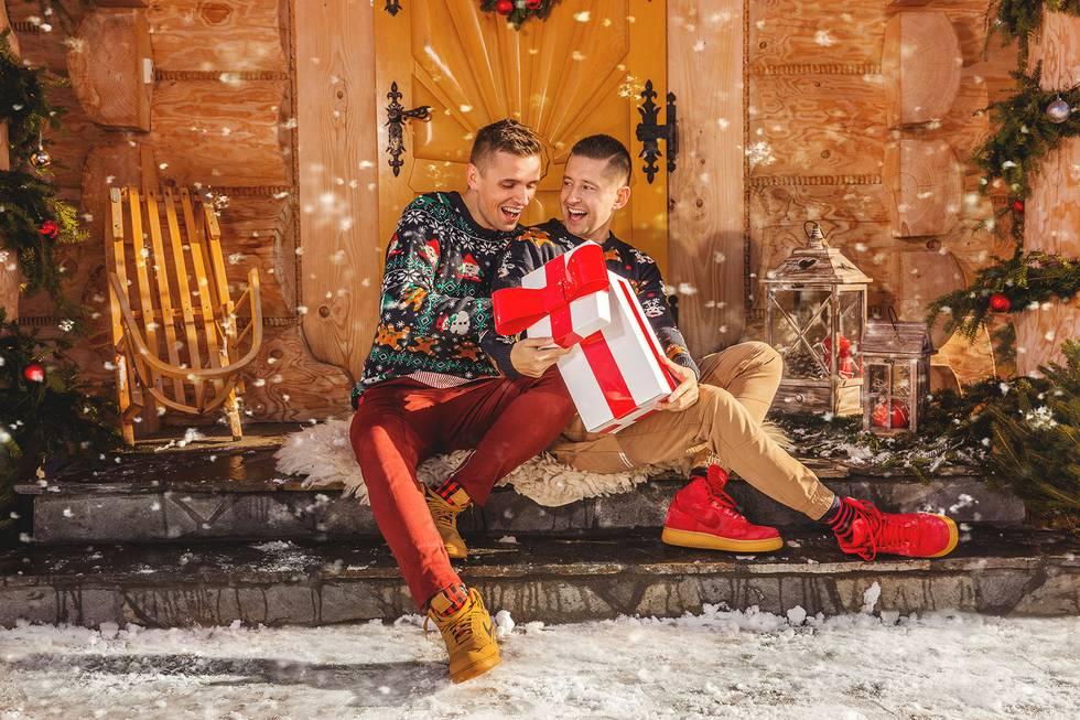Weihnachtsgrüße Männer.Schwule Weihnachtsgrüße Aus Polen Blu Mediengruppe