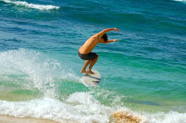 surfer-499395_1920.jpg