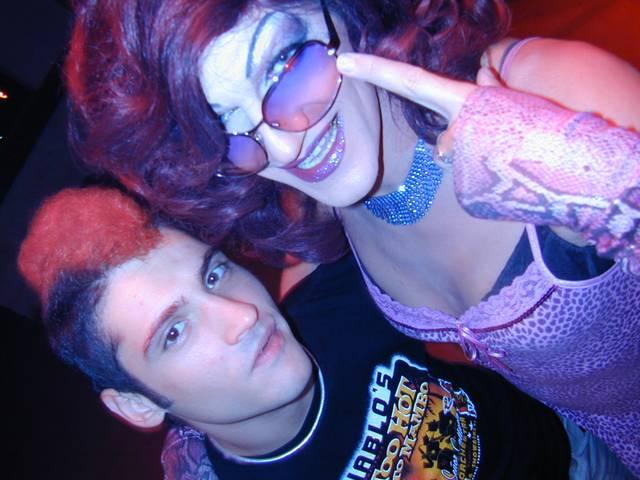 Gloria Viagra und DJ