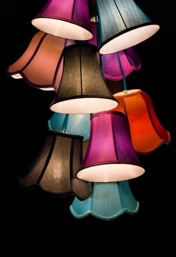 lamps-453783_1920.jpg