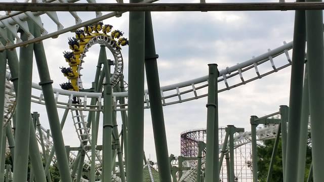 roller-coaster-2686502.jpg