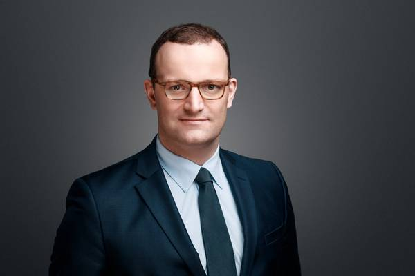 Bundesgesundheitsminister_Jens_Spahn_quer_3.jpg