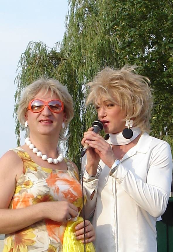 Biggy_und_Ades_2006 CSD_mr.jpg