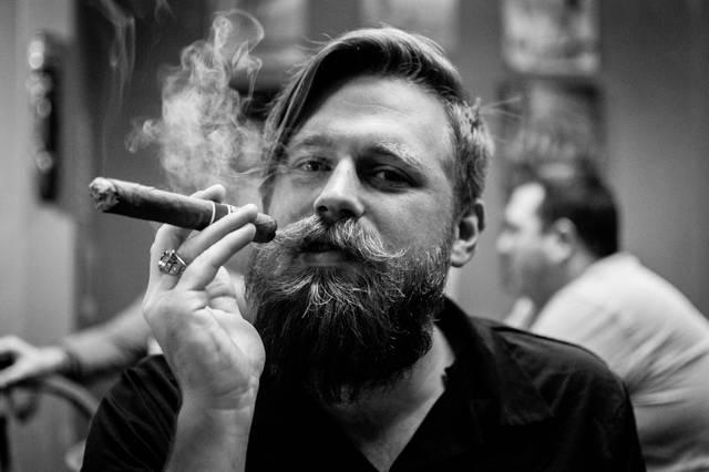 Zigarre Bart