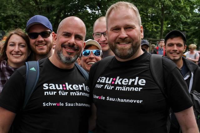 Schwule Sau Hannover beim CSD in Oldenbrug