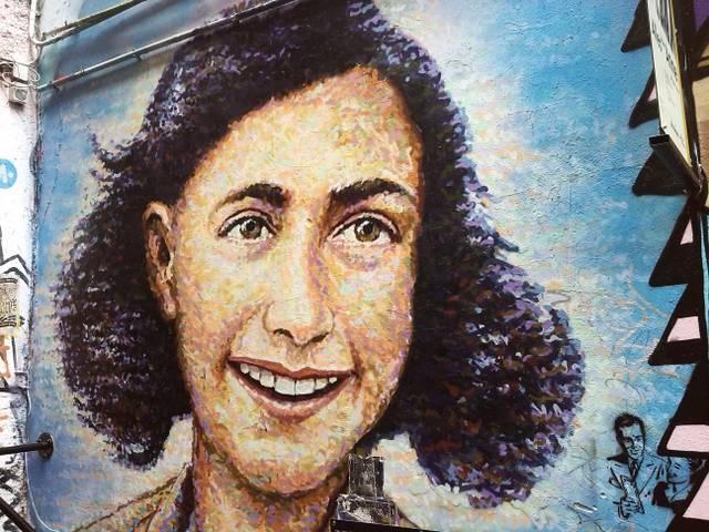 Anne Frank Street-Art