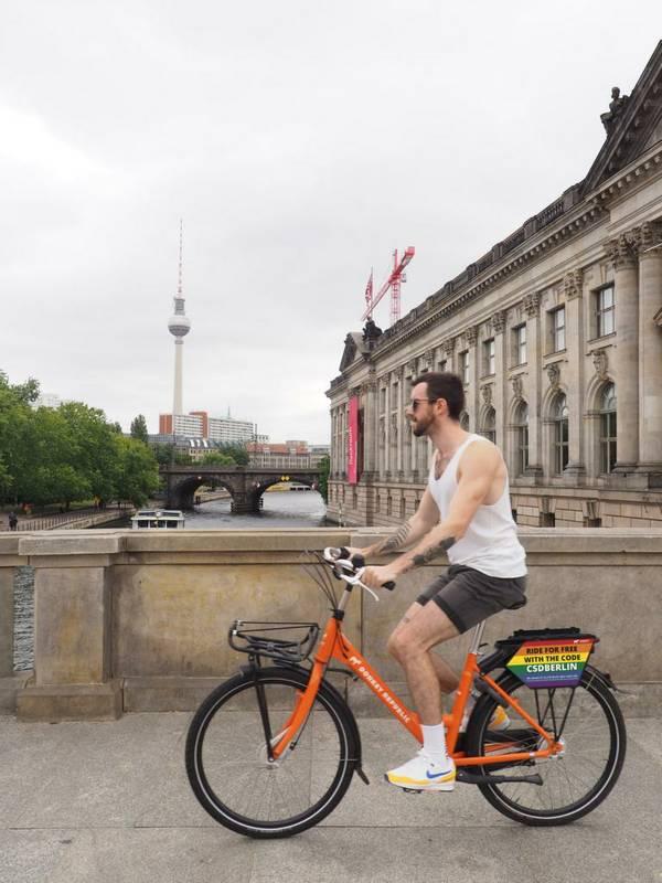 Pride Berlin CSD 2019_code_web.JPG