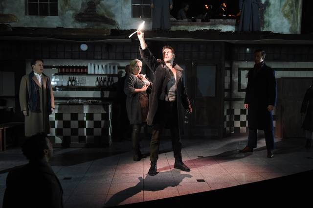 Sweeney Todd English Theatre
