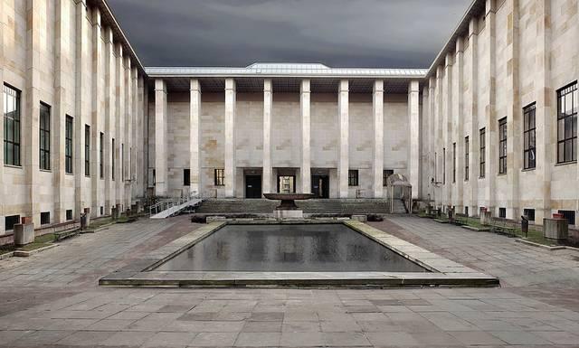 Muzeum_Narodowe_w_Warszawie.jpg