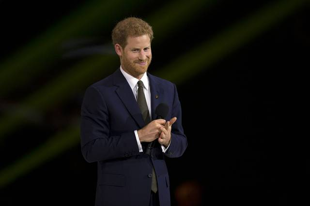 1620px-Prince_Harry_speaks_during_the_opening_ceremonies_of_the_2017_Invictus_Games_(37232242166).jpg