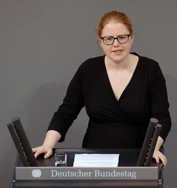 Katrin-Helling-Plahr_achim_melde_bundestag.jpg