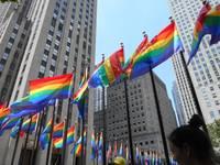 Regenbogenfahnen Rockefeller Plaza