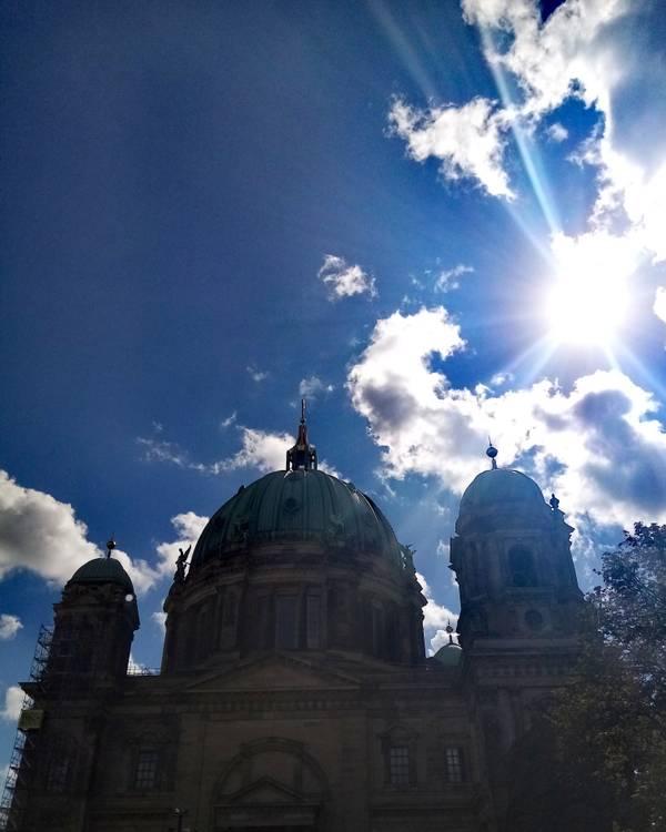 Berliner Dom Kirche Christen Gott 2020