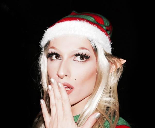 Amy Strong weihnachtlich