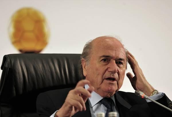 Sepp_Blatter_2010-07-05_4.jpg