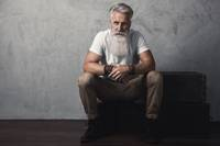 Fetisch-Schwul-Alt-Reif-Senior-Age-Play-Bondage Mann.jpg
