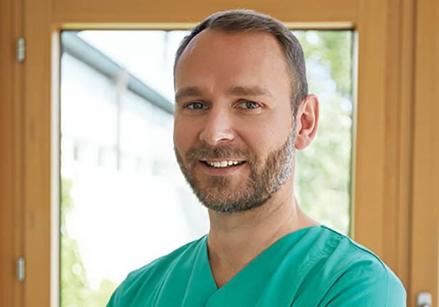 Steffen-Portraits-St.Marien-Krankenhaus-5242-2.jpg
