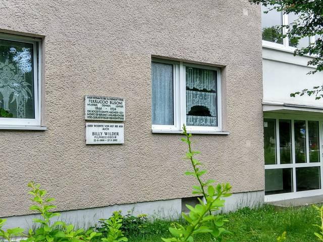 Billi Wilder Viktoria-Luise-Platz C. Metzger.jpg