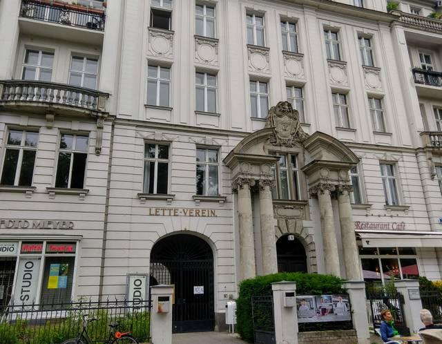 Lette Verein Berlin, C. Metzger.jpg