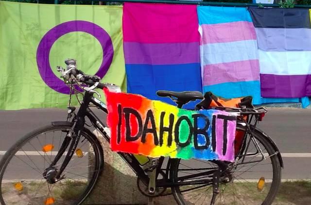 IDAHOBIT*, Fahrrad