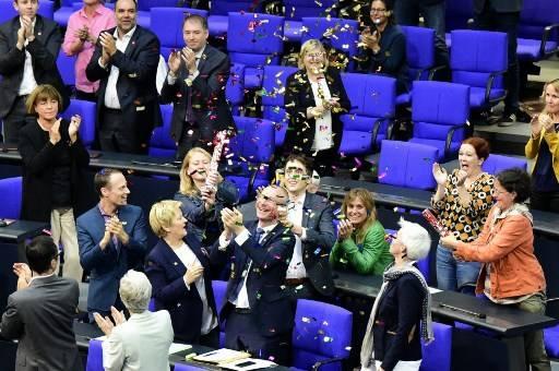 GERMANY-POLITICS-GAY-MARRIAGE-PARLIAMENT